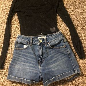 Pacsun MOM shorts high waisted jeans size 25